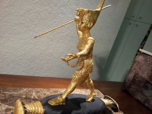 Gold Statue of egyptian King